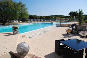 Location gîte, chambres d'hotes Residence Ribellinu dans le département Corse du Sud 2a
