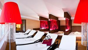 Alpen-Herz Romantik & Spa - Adults Only, Hotely  Ladis - big - 109