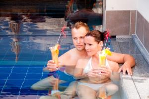 Alpen-Herz Romantik & Spa - Adults Only, Hotely  Ladis - big - 46