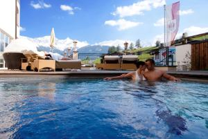 Alpen-Herz Romantik & Spa - Adults Only, Hotely  Ladis - big - 128