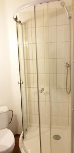 KFiP Triple Room 8a