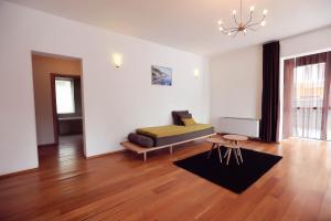 Living In Aparthotel, Апарт-отели  Орадя - big - 35