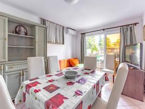 Apartment in Porec/Istrien 10504, Апартаменты  Пореч - big - 11