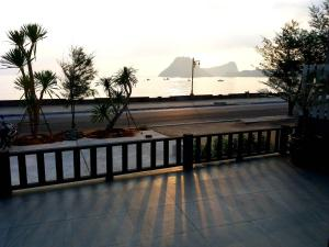 Zea Zide Hotel, Hotely  Prachuap Khiri Khan - big - 38