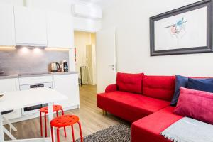 Deluxe LIS Apartments
