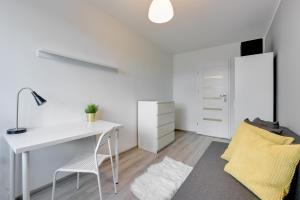 Rooms Subisława 27A