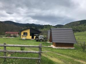 Popovic estate