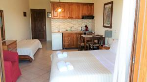 Studio (2 Adults) Philippos Hotel Apartments
