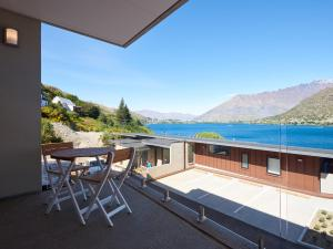Remarkably Chic - Queenstown Holiday Apartment
