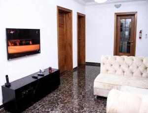 24/7 Luxury Apartment