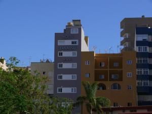 Hotel Tanausu, Hotely  Santa Cruz de Tenerife - big - 15