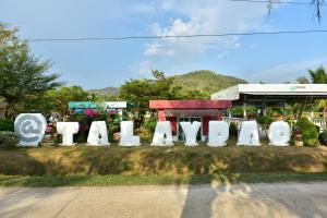 @Talay Dao Resort Ban Bo Jed Luk - Ko Bulon Le