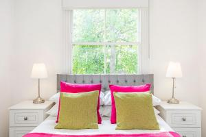 Elicia's Chelsea Apartment - Kensington