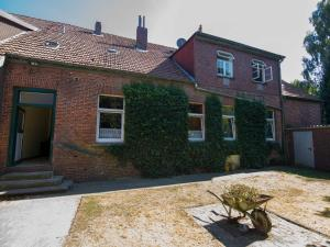 080 Ferienwohnungen Neuengroden - Kirchreihe