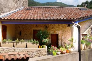 Accommodation in Saint-Fortunat-sur-Eyrieux