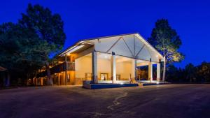 Best Western Pine Springs Inn