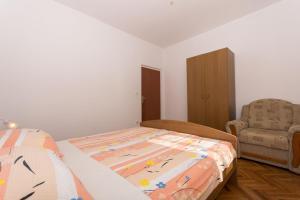 Apartment Ljube, Apartments  Trogir - big - 10