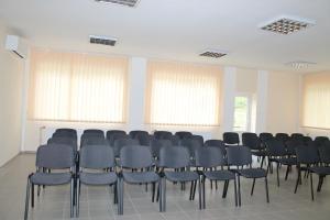 Park Hotel Mariupol, Комплексы для отдыха с коттеджами/бунгало  Мариуполь - big - 37
