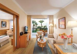 Constantinou Bros Asimina Suites Hotel (5 of 58)