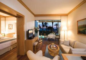 Constantinou Bros Asimina Suites Hotel (4 of 58)