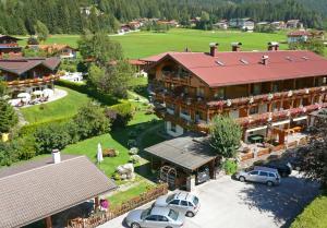 Frühstückshotel Margret - Hotel - Maurach am Achensee