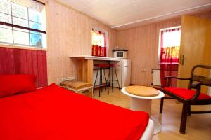 ID 4624 - private room with own bath room - Heisede