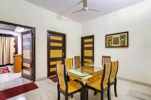 Room in a BnB in Gurgaon, by GuestHouser 8267, Prázdninové domy  Gurgáon - big - 11