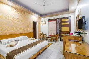 Room in a BnB in Gurgaon, by GuestHouser 8267, Prázdninové domy  Gurgáon - big - 12