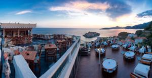Hotel Adrović
