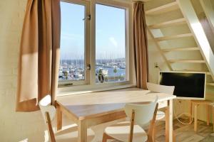 . Holiday flats Jachthaven Bruinisse Bruinisse - ZEE13006-AYB