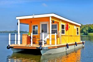Houseboat auf der Dahme Zernsdorf - DBS051006-NYA - Königs Wusterhausen