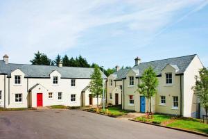 obrázek - Terraced Houses Bunratty - EIR021015-IYA