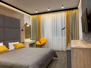 Отель Premium Hotel, Славянск