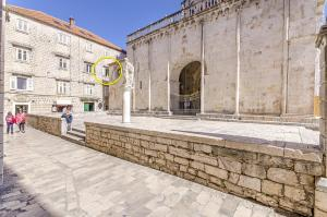 Apartment Center Trogir, 21220 Trogir