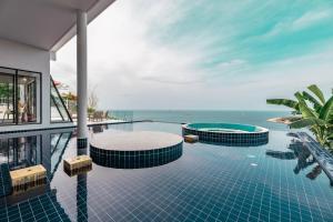 Quite Special pool Villa Seaview 6 bedroom