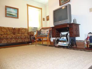 Historic Hill Inn, Bed & Breakfasts  Newport - big - 42