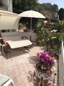 Villa Greta Hotel Rooms & Suites, Hotels  Taormina - big - 9