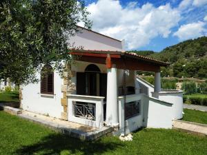 Villetta Le Macine 23- Pugnochiuso Resort - AbcAlberghi.com