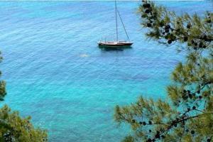 Aelia Houses Aegina Greece