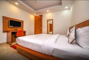 Grand Oyster Service Apartments, Апарт-отели  Гургаон - big - 14