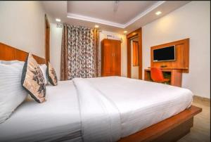 Grand Oyster Service Apartments, Апарт-отели  Гургаон - big - 16