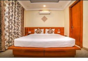 Grand Oyster Service Apartments, Апарт-отели  Гургаон - big - 25