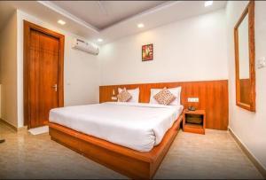 Grand Oyster Service Apartments, Апарт-отели  Гургаон - big - 29