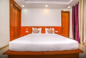 Grand Oyster Service Apartments, Апарт-отели  Гургаон - big - 30