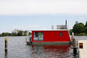 Houseboat auf dem Röblinsee Fürstenberg/Havel - DBS011001-N - Altglobsow