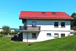 Holiday Home Elbtalblick Pirna - DMG081002-F - Lindigthäuser