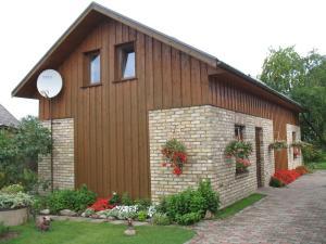 Pulkvedis Guest House - Ventava