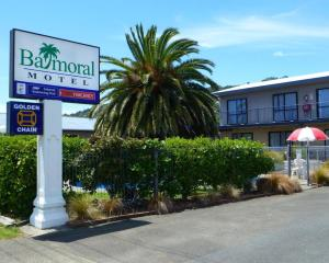Balmoral Motel