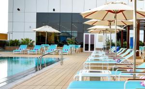 Premier Inn Dubai Ibn Battuta Mall -