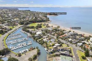 ON THE BEACH MILFORD - Apartment - Auckland